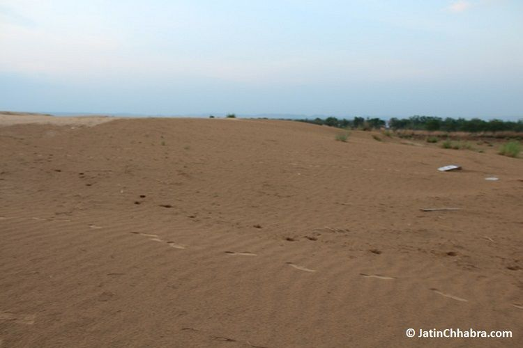 Side 3 of Chhabra sand dunes