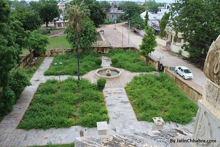 View from 1st floor of Chaurasi Khambon ki Chhatri, Bundi