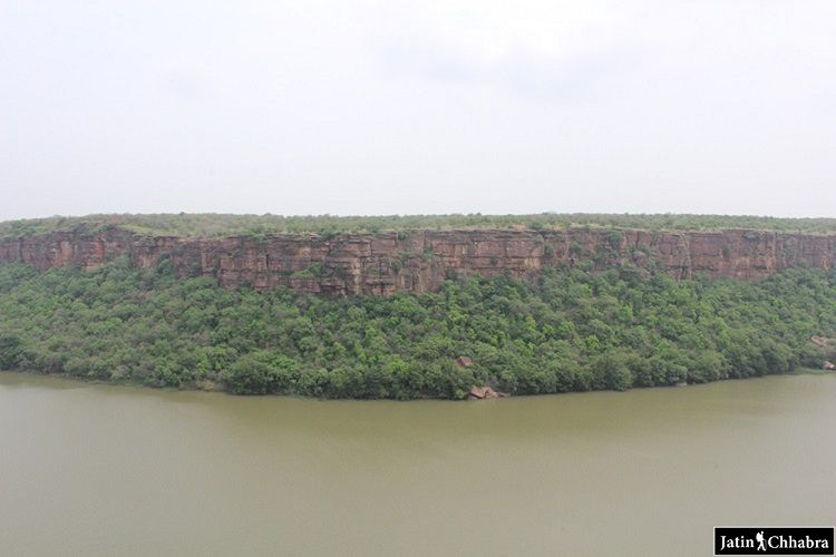 Center view of Chambal Ghati at Garadia