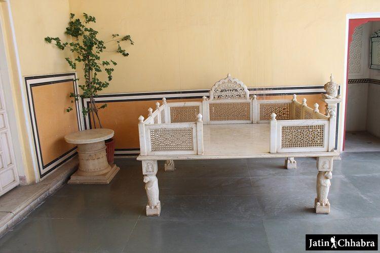 Small marble throne at Chandra Mahal Jaipur