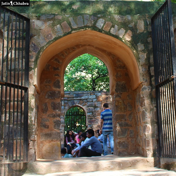 Agrasen ki Baoli entrance