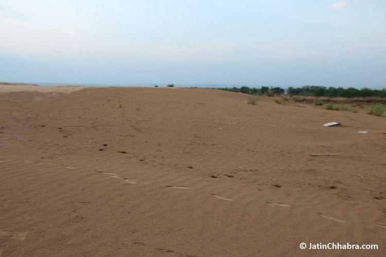 Side 3 of Chhabra sand dunes