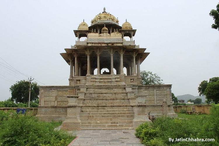 Chaurasi Khambon ki Chhatri, Bundi