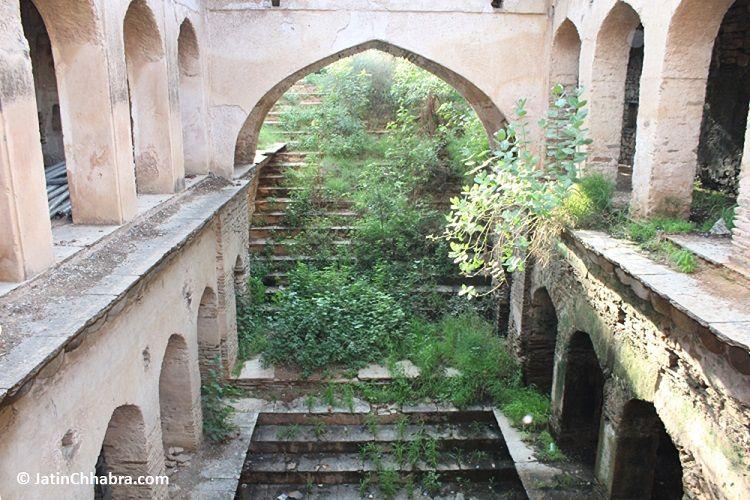 Mukundpura Baoli stairs