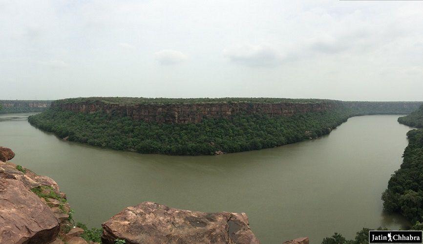 Chambal Ghati at Garadia, Dabi