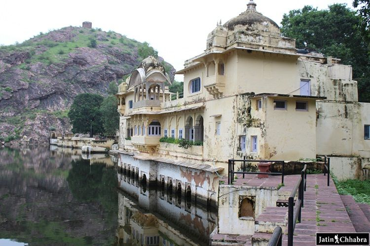 Sukh mahal in bundi