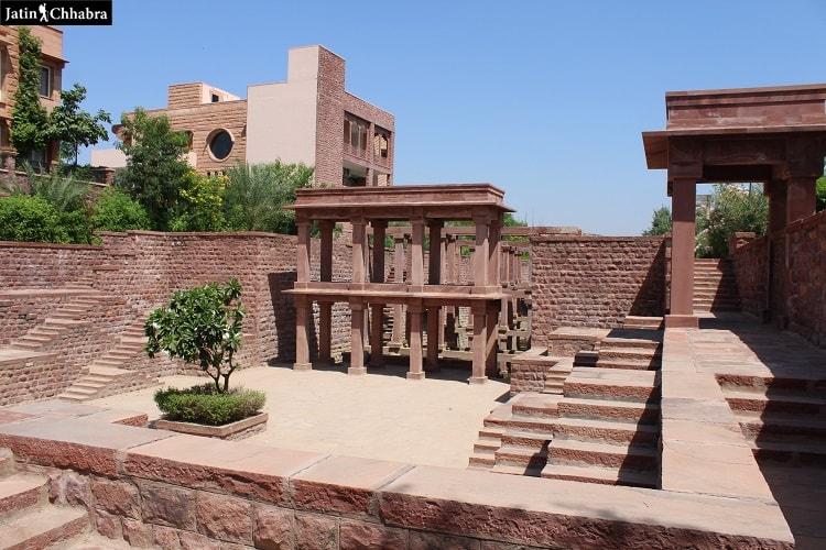 Entrance of Birkha Bawri