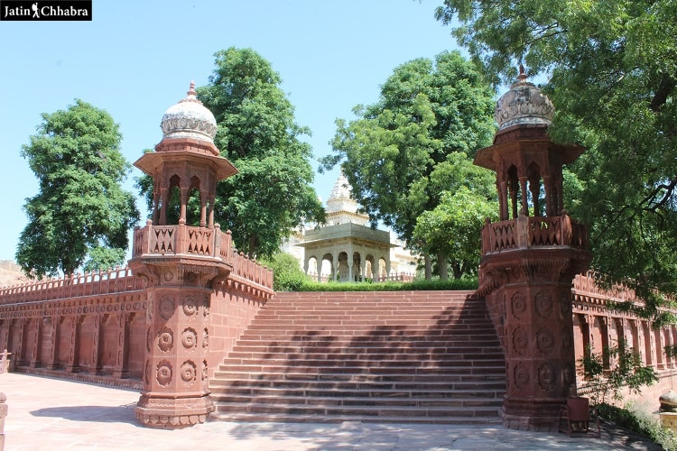Entry in Jaswant Thada