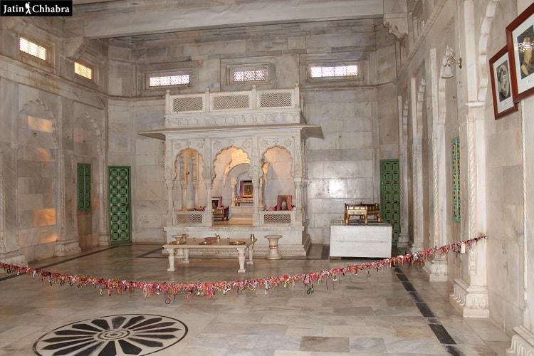 Memorial inside Jaswant Thada