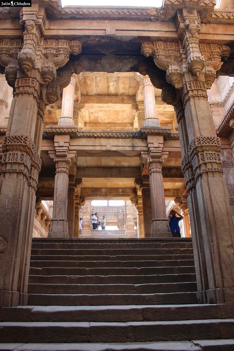 Adalaj Vav from fifth floor