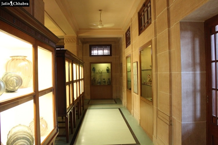 Lobby outside from the 1st hall